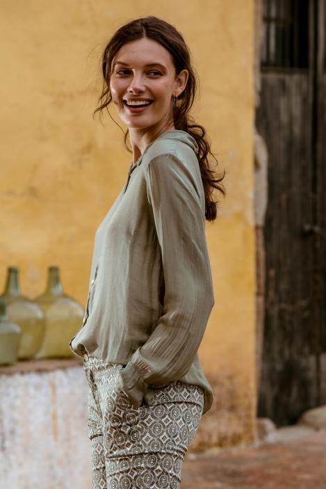 chemise-soie-vipava-849003-kaki-4-pc.jpg