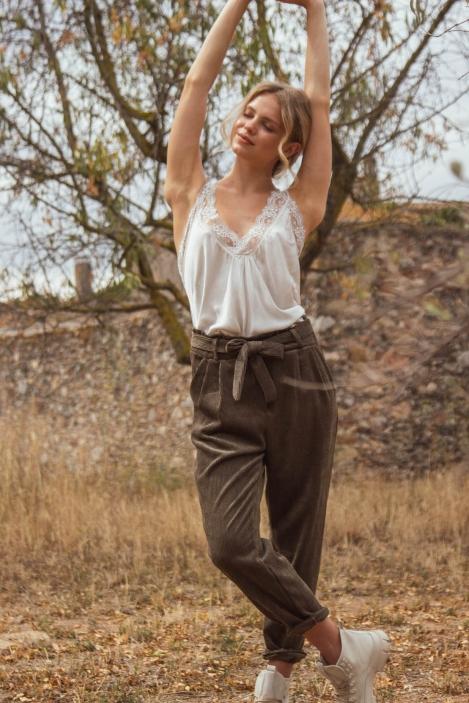 pantalon-velours-lucia-21017-kaki-12-.jpg